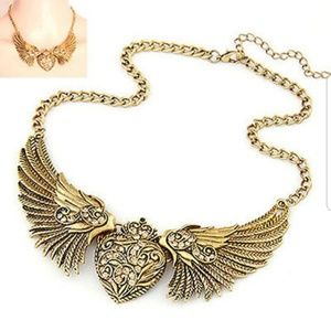 Rhinestone Angel Heart Wings Necklace